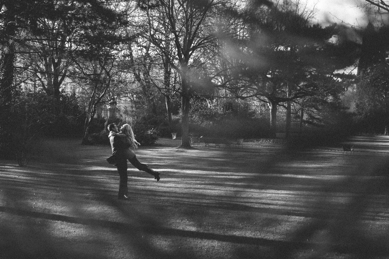 Q1A8217-1280x853 A little escape to Paris Couples Weddings & Couples  american in paris ảnh cưới paris chụp ảnh paris Couple Photography in Paris couple session paris elopement photography paris engagement paris engagement photography engagement photography paris english speaking photographer paris french mariage photographe proposal photographer paris surprise proposal paris travel paris Wedding Photographer in Paris