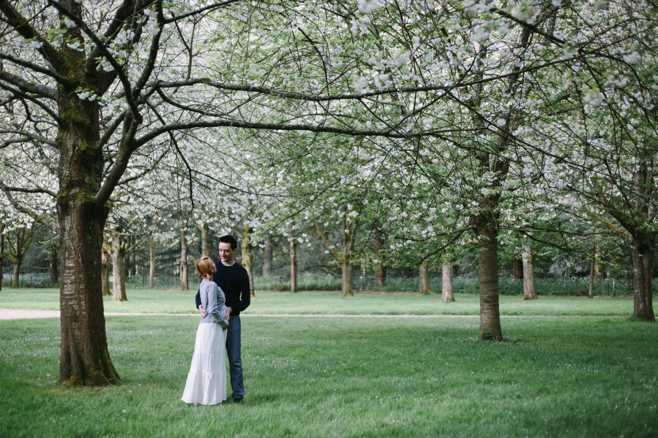 Q1A1345-1280x853 Cherry blossoms in Paris Weddings & Couples  ảnh cưới paris ảnh đôi paris cherry blossoms cherry blossoms paris chụp ảnh paris Couple Photography in Paris elopement photography paris engagement photography mariage photographe parc de sceaux pink pink couple pre wedding paris sakura sakura paris wanderlust photography Wedding Photographer in Paris