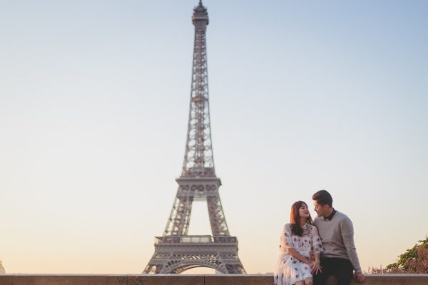 Q1A2125-600x400 Morning stroll in Paris Weddings Weddings & Couples  ảnh cưới paris ảnh đôi paris chụp ảnh paris couple photographie paris Couple Photography in Paris eiffel tower elopement photography paris engagement photography feature mariage photographe Paris portrait photography pre wedding paris soignethelabel tippytapp Wedding Photographer in Paris