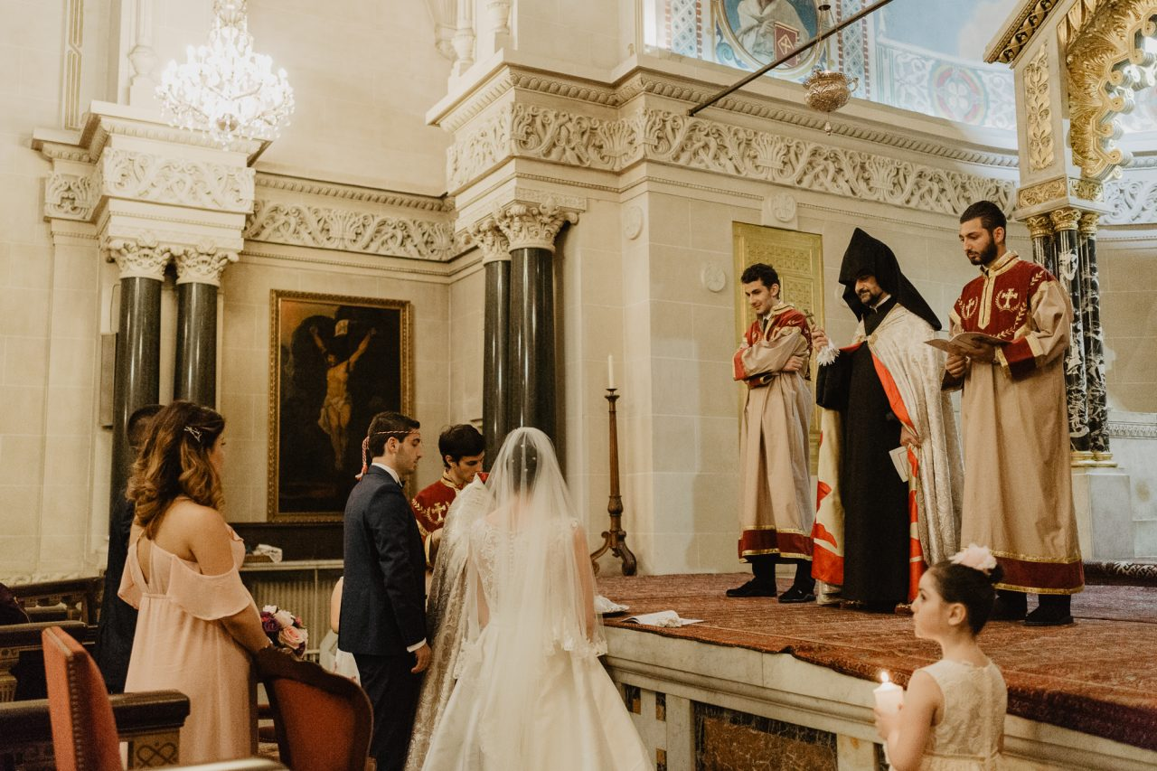 Q1A5579-1280x853 Un Mariage Arménien à Paris Weddings & Couples  armenian wedding Couple Photography in Paris eiffel tower elopement photography paris Mariage Arménien mariage photographe reportage mariage Wedding Photographer in Paris wedding reportage