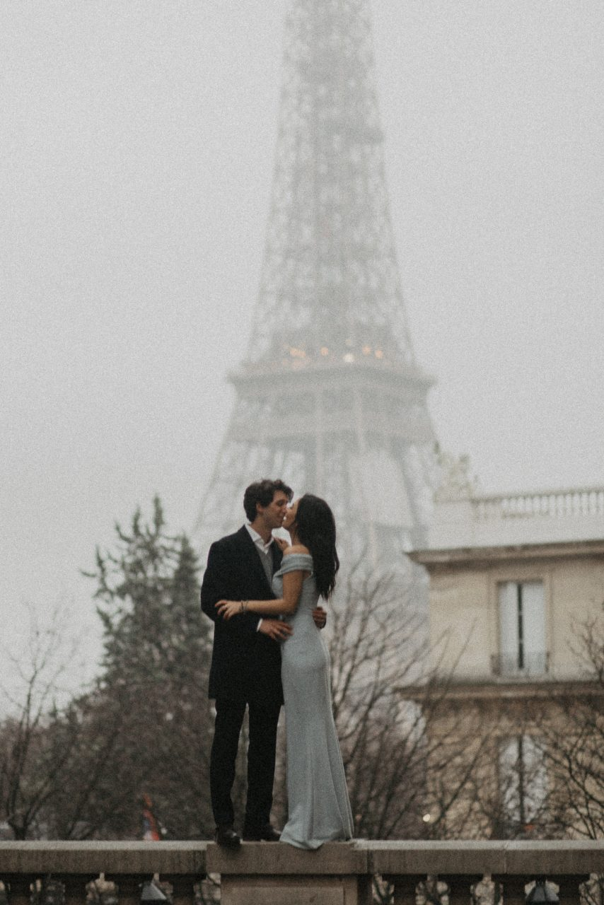 3Q1A2049-854x1280 Loving from a long distance Weddings & Couples  Couple Photography in Paris eiffel tower elopement photography paris engagement photography feature italian couple italian photographer paris long distance relationship paris portrait paris